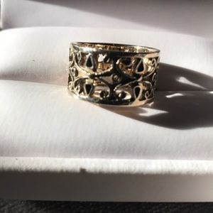❤️14K♥️Yellow Gold Ornate Beautiful Band Ring 7